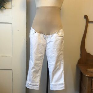 White full panel maternity capris